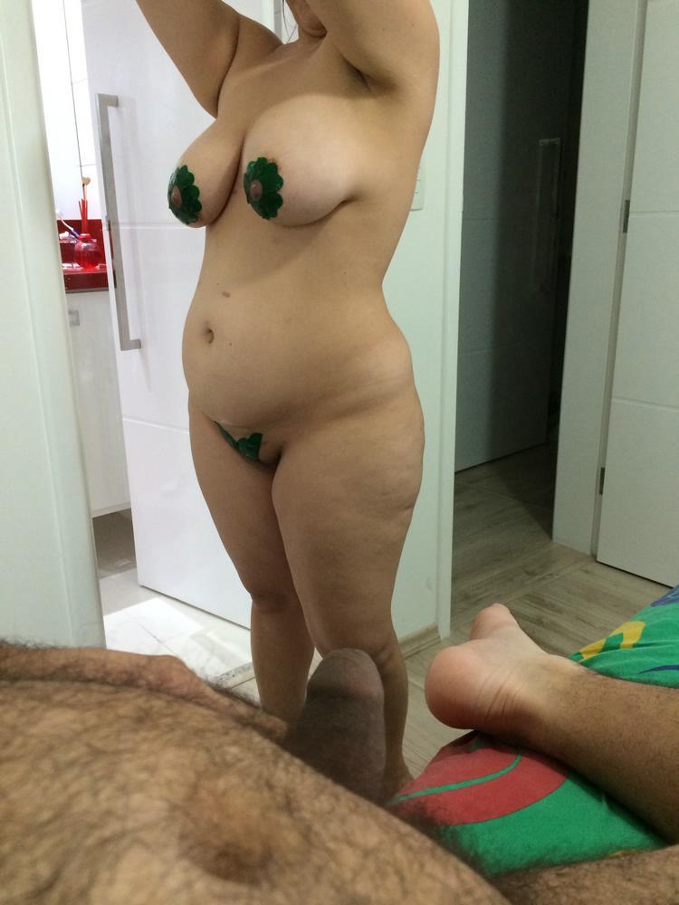 Coroa-gostosa-tentando-fazer-sexo-8