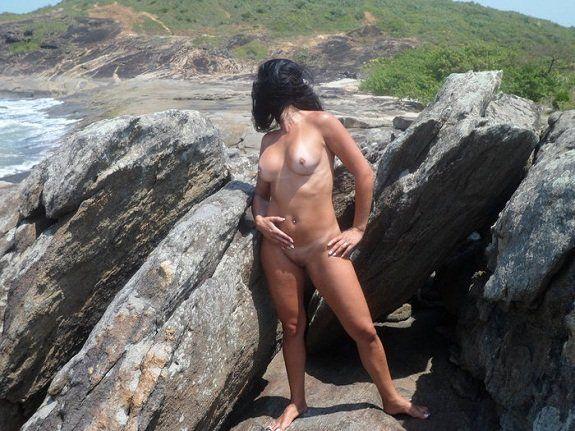 Casada magrinha exibicionista do site Sexlog