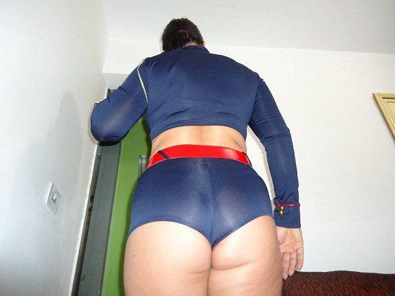 Esposa bunduda vestida toda sexy