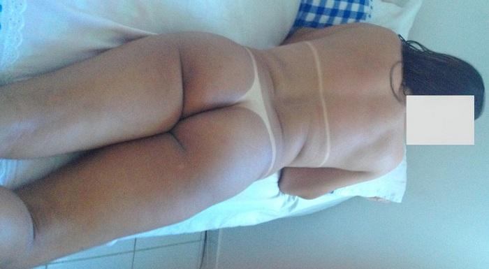 Fotos da esposa nua mostrando o bronzeado