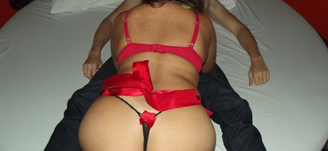 Minha esposa fodendo com amante dotado