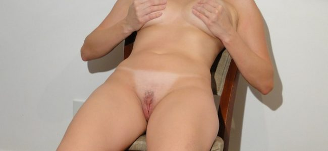 Ensaio sensual com a esposa pelada deliciosa
