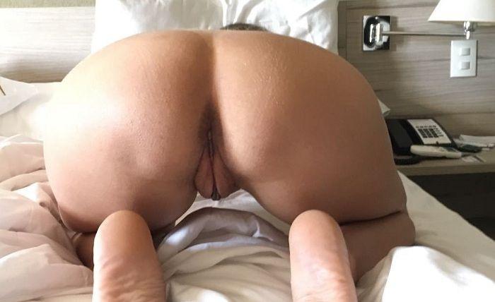 Levou a esposa gostosa para o motel