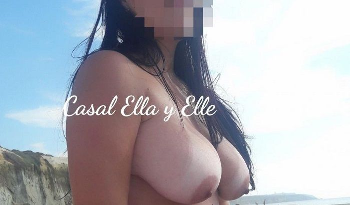 Sra Ella e seus peitos grandes perfeitos