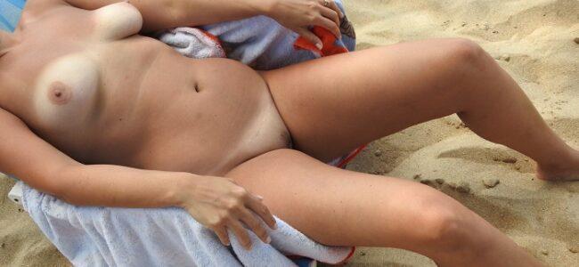 Depois da praia se exibindo pelada