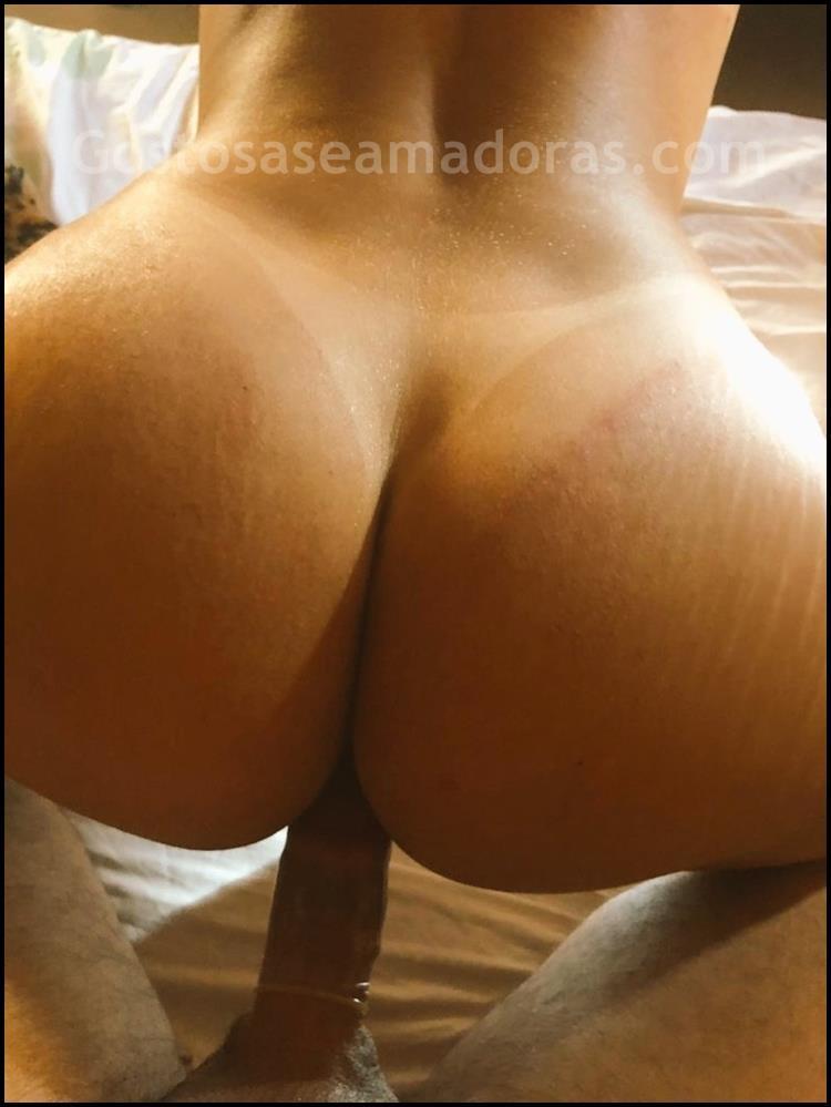 Esposa-cavalona-pelada-fazendo-sexo-4