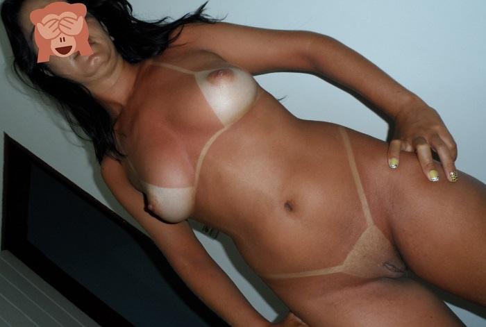 Que tesão de esposa pelada bronzeada