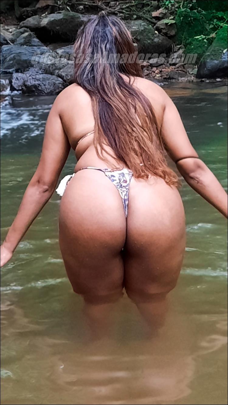 Morena-de-corno-gostosa-fotos-peladas-2
